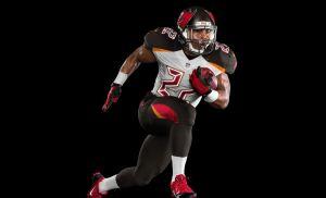 Los Buccaneers de Tampa Bay estrenarán uniforme en 2014