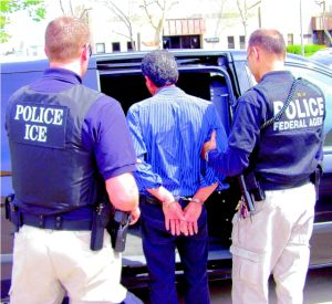 Piden retener a inmigrantes