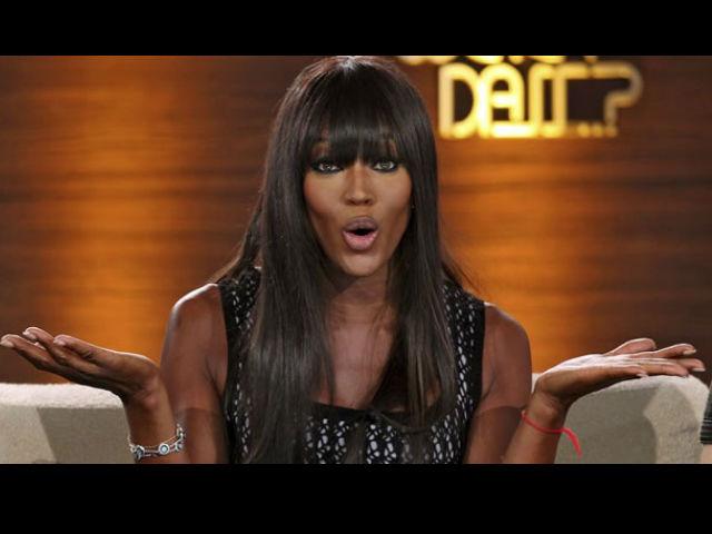 Naomi Campbell revela que Versace odiaba los pechos grandes