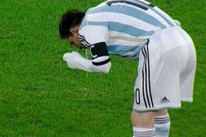 """Tata"" Martino ve anormal los vómitos de Messi"