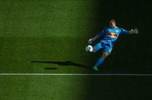 Luis Robles con hambre de levantar la Copa MLS