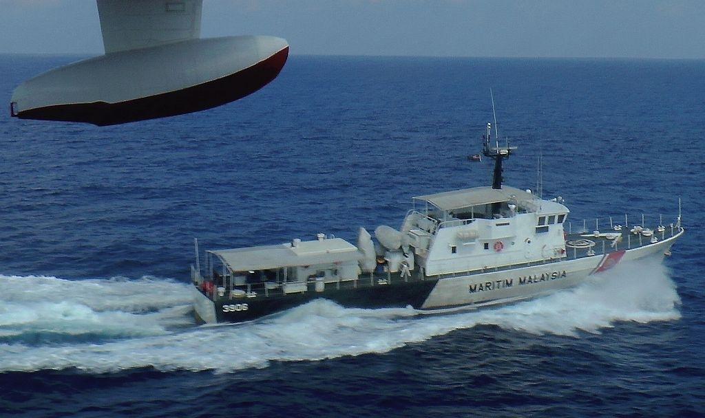 EEUU envía barcos a rescatar avión de Malaysia Airlines