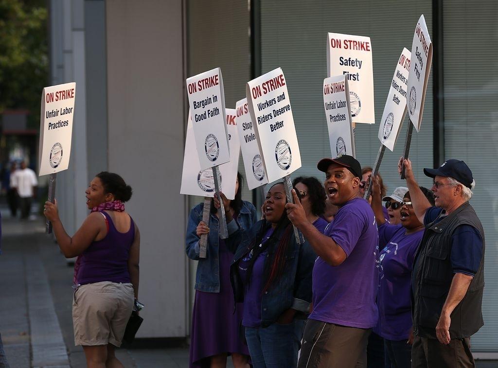 Obama ordenará pago de horas extras a trabajadores