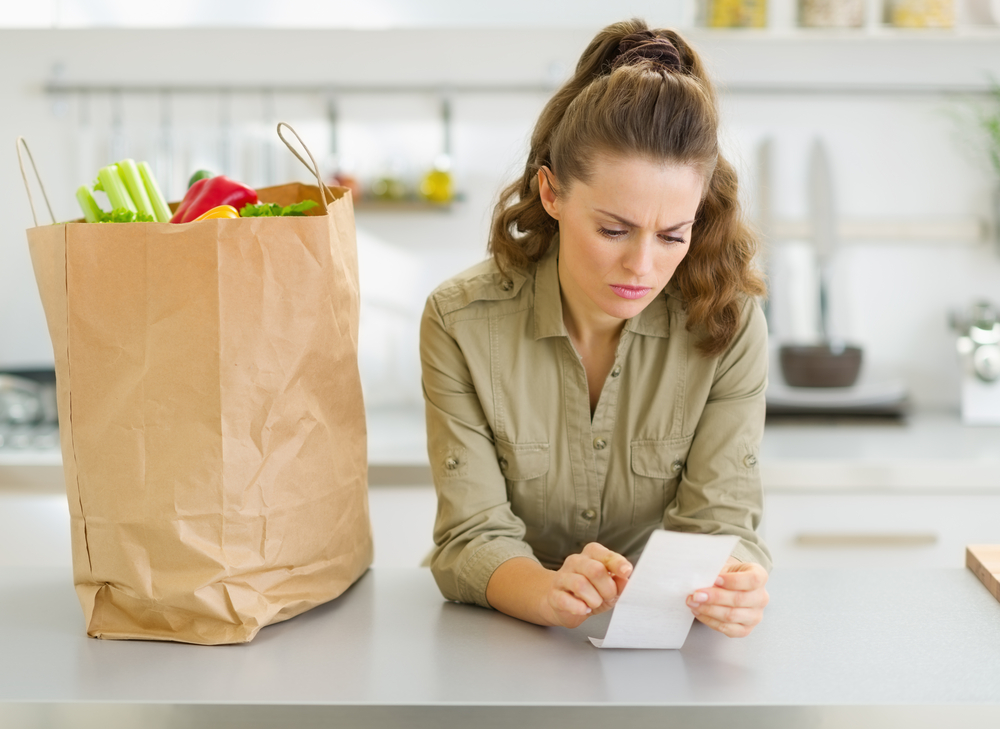 6 shopping and budgeting tips to trim your grocery bill