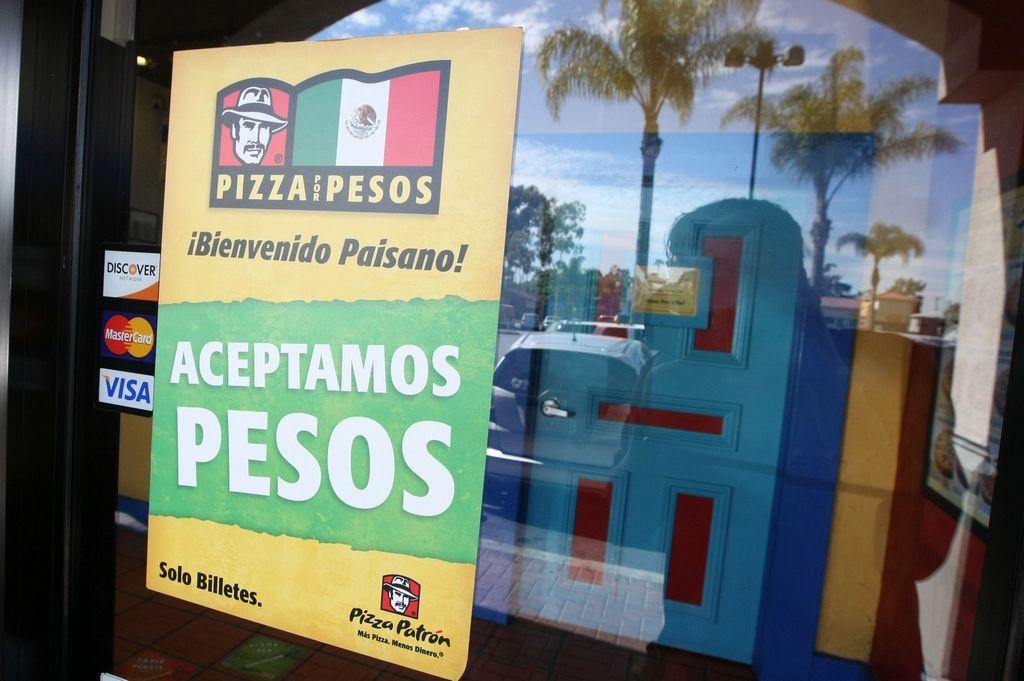 """Rechazo no detiene la venta de pizza """"La Ch!#gona"""""""