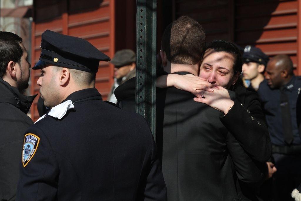 Con todos los honores despiden a boricua muerta en East Harlem