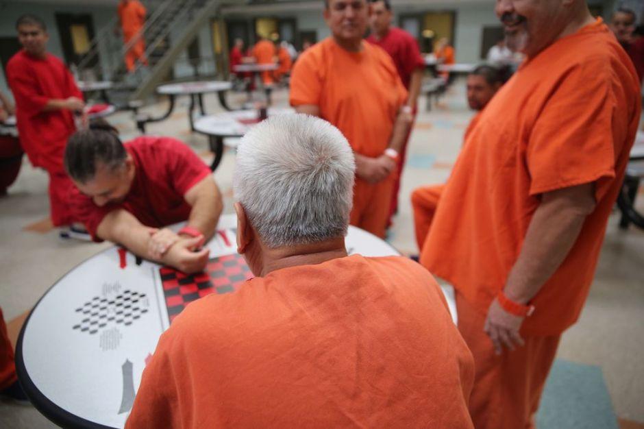 Excarcelarán a mayores de 60 años en Puerto Rico
