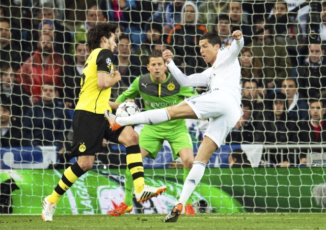 Real Madrid pone un pie en semifinales