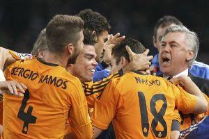 Real Madrid vence 4-0 a Real Sociedad y sigue en la lucha (Video)