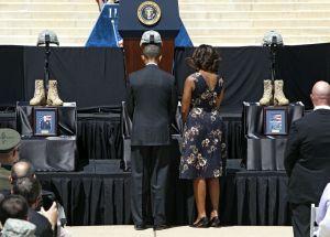 Obama honra a víctimas del tiroteo en Fort Hood