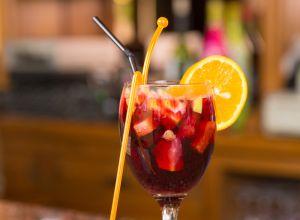 Neoyorquinos podrán beber alcohol más temprano en el 'brunch'