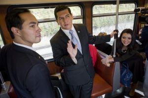 Alcalde de San Antonio Julián Castro pelea por inmigración
