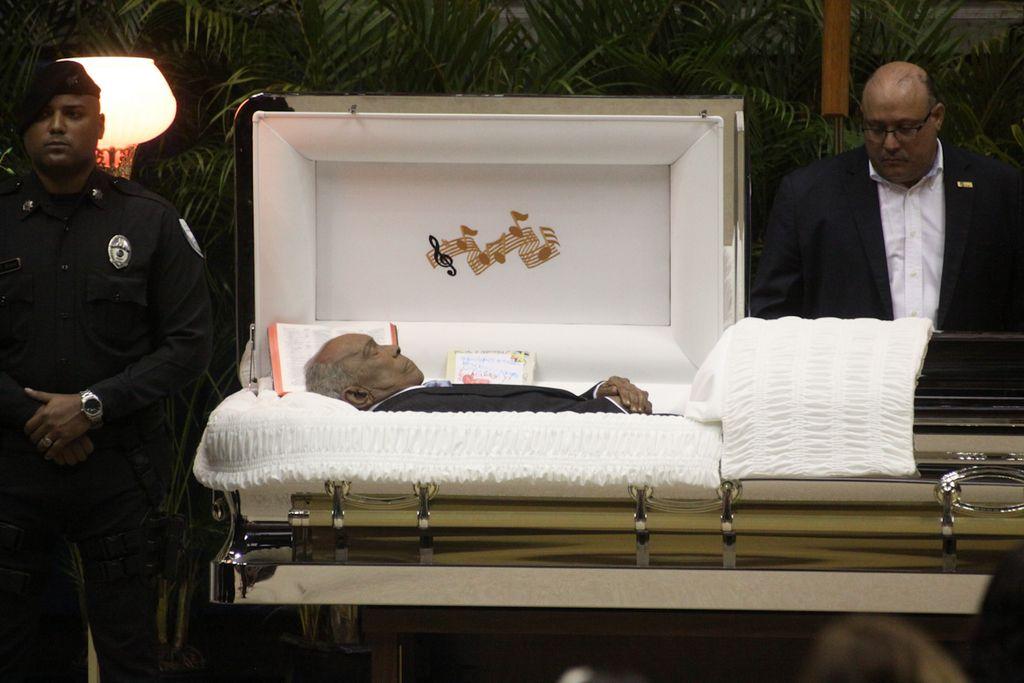 Dan último adiós a Cheo Feliciano en Puerto Rico