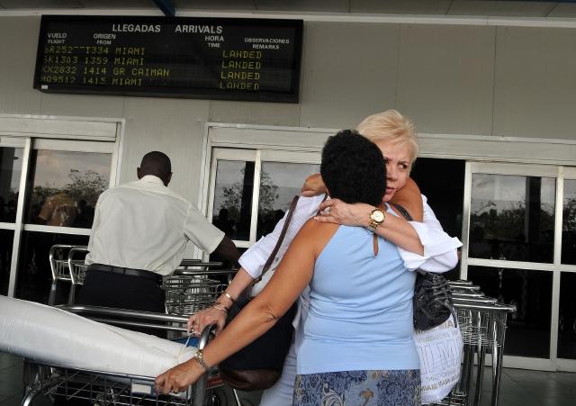 Piden que Obama amplíe viajes a Cuba