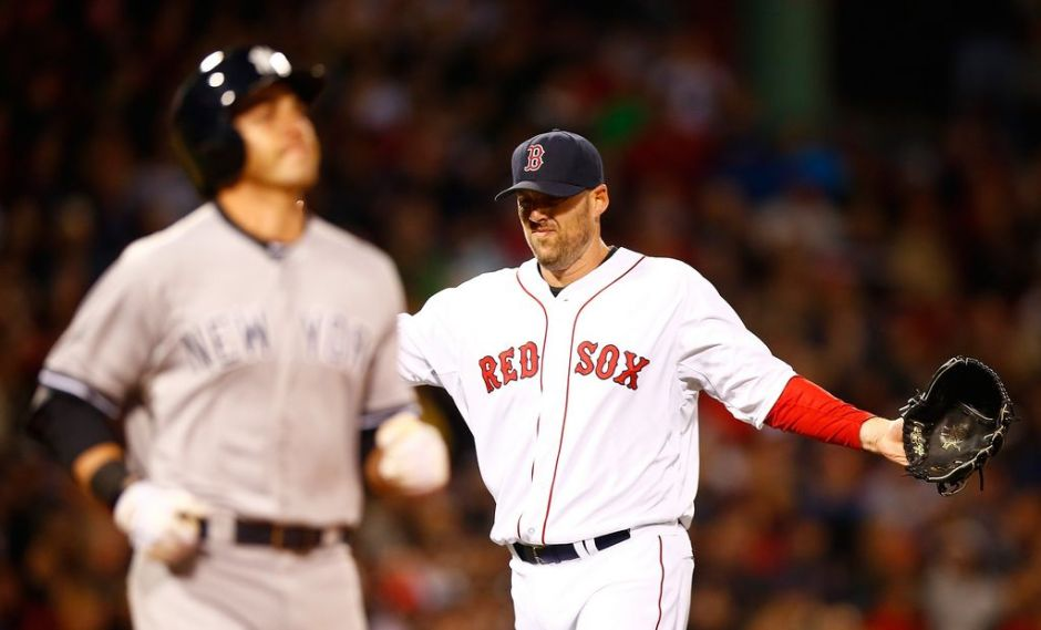Boston se impone a Yankees en Fenway Park