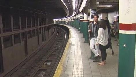 Tren 6 golpea de muerte en la cabeza a mujer en Manhattan
