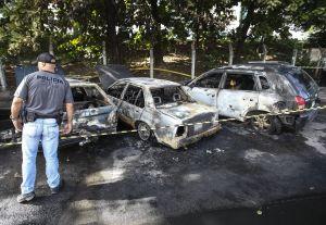 Nueve autos quemados tras protestas en Río de Janeiro