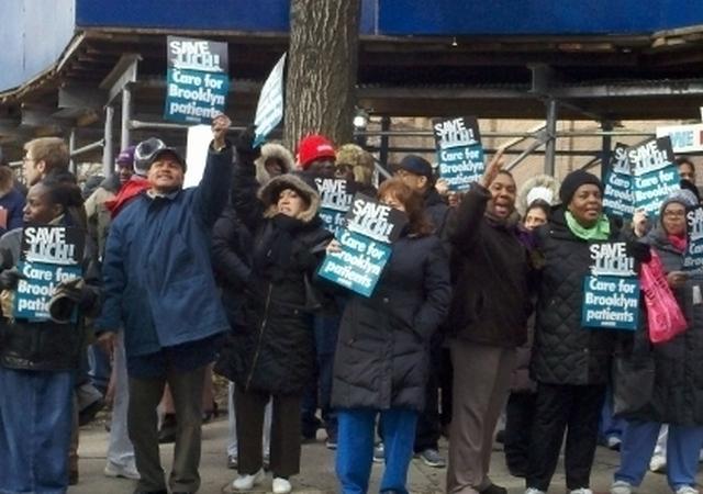 Hispanos preocupados por situación de hospital en Brooklyn