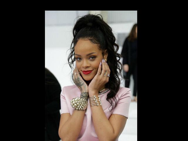 Rihanna le roba protagonismo a Anna Wintour