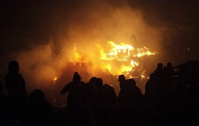 Fuego en mansión de extenista Blake pudo ser provocado