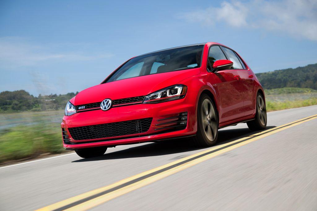 VW presentó el nuevo Golf del 2015