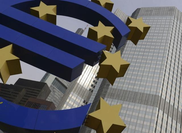 Europa refuerza los estímulos monetarios