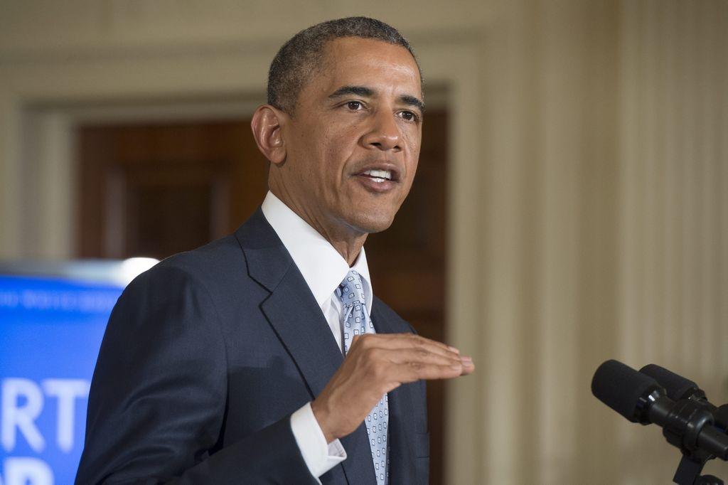 Obama anuncia medidas para aliviar deudas de universitarios
