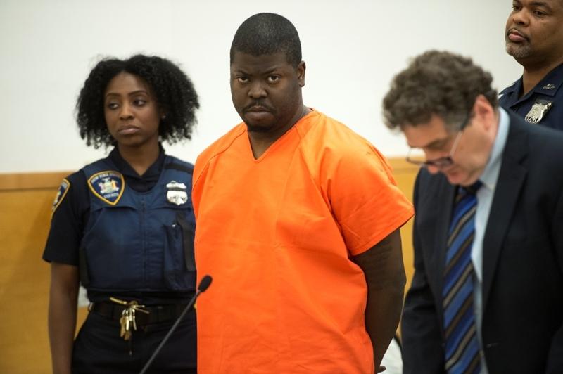 Sospechoso de apuñalar a niños en Brooklyn pide palabra en corte