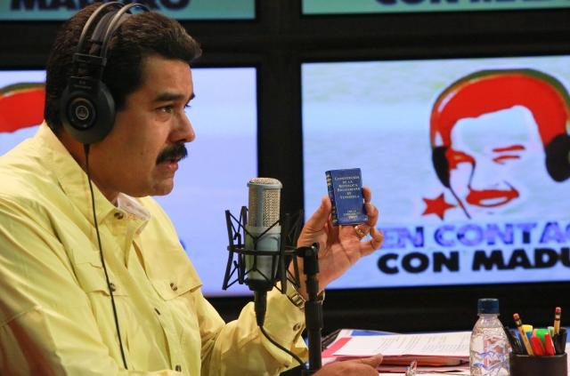 El mandatario venezolano enfrenta una severa crisis política y social.