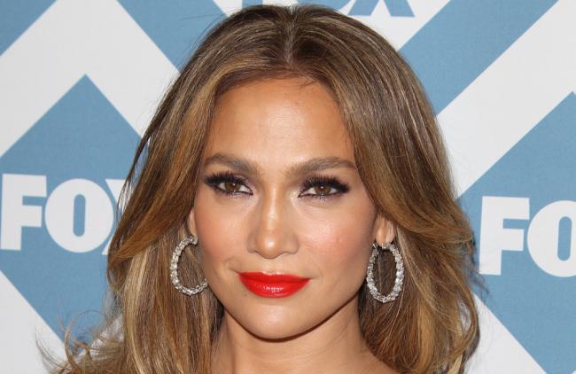 ¿Por qué J.Lo es la versión latina de Angelina Jolie?