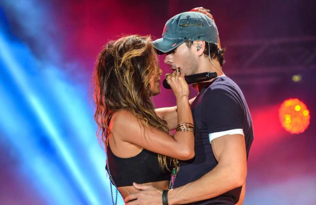 Tremenda química entre Enrique Iglesias y Nicole Scherzinger