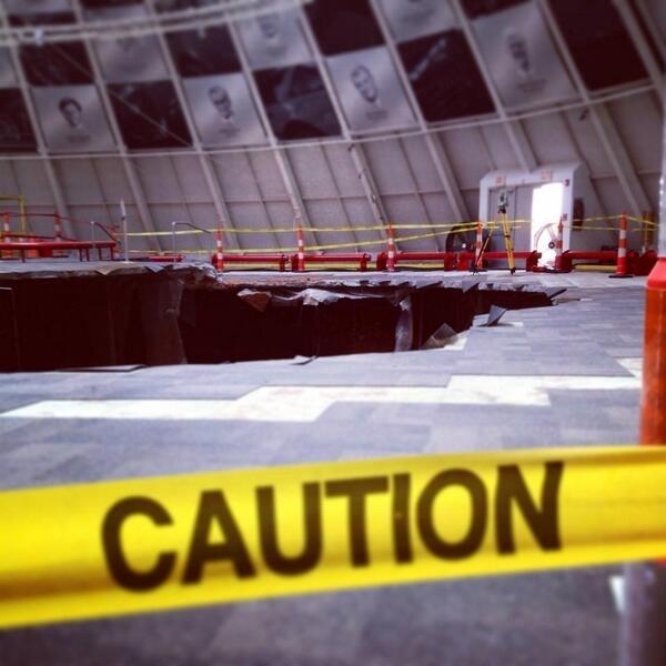 Museo del Corvette mantendrá socavón ante aumento de visitantes