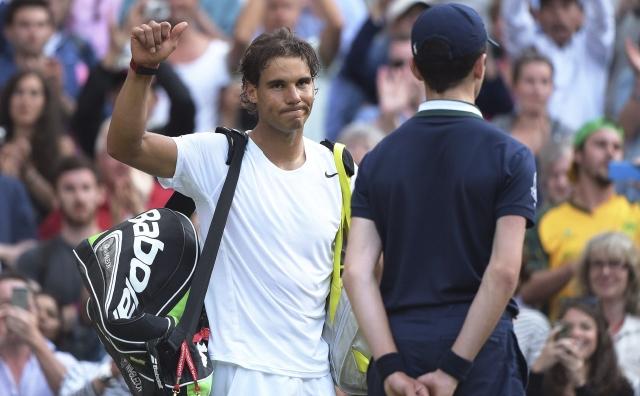 Nadal y Sharapavoa se despiden de Wimbledon