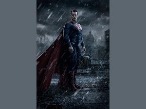 Henry Cavill se pone fuerte para enfrentar a Batman (fotos, video)
