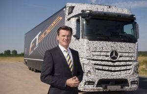 El primer camión pesado con autoconducción será un Daimler AG