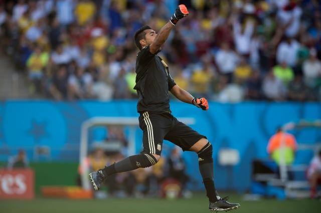 Romero y Neuer  de cara a la final