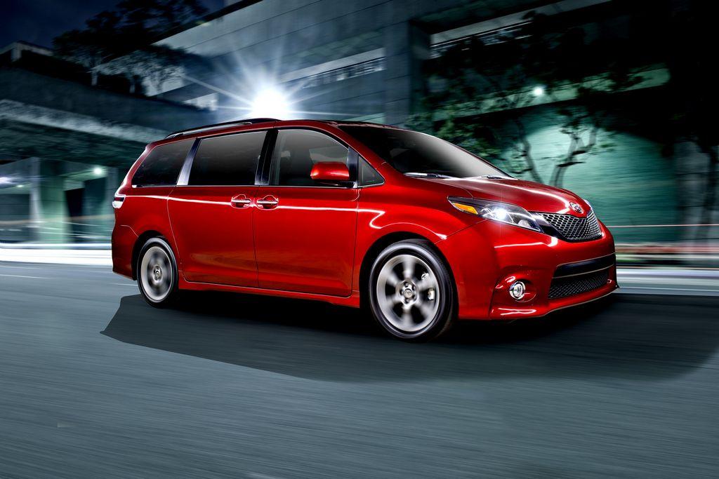 Toyota presentó el nuevo Sienna del 2015