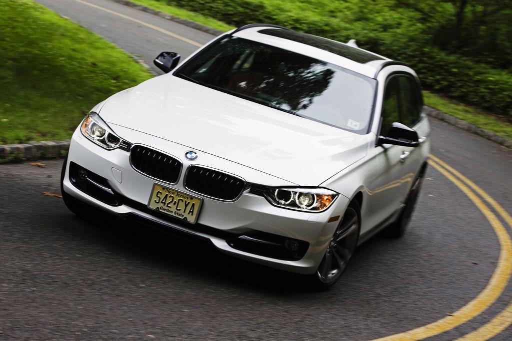 El BMW ocupa el primer lugar entre los deportivos.