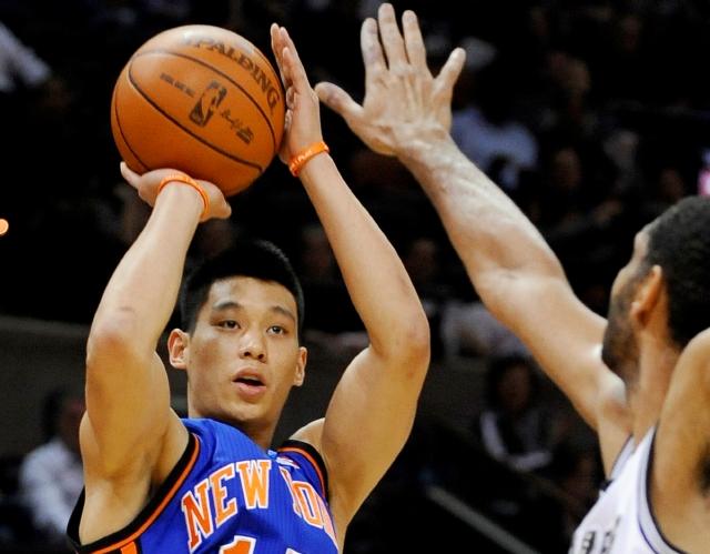 Jeremy Lin es nuevo jugador de los Lakers