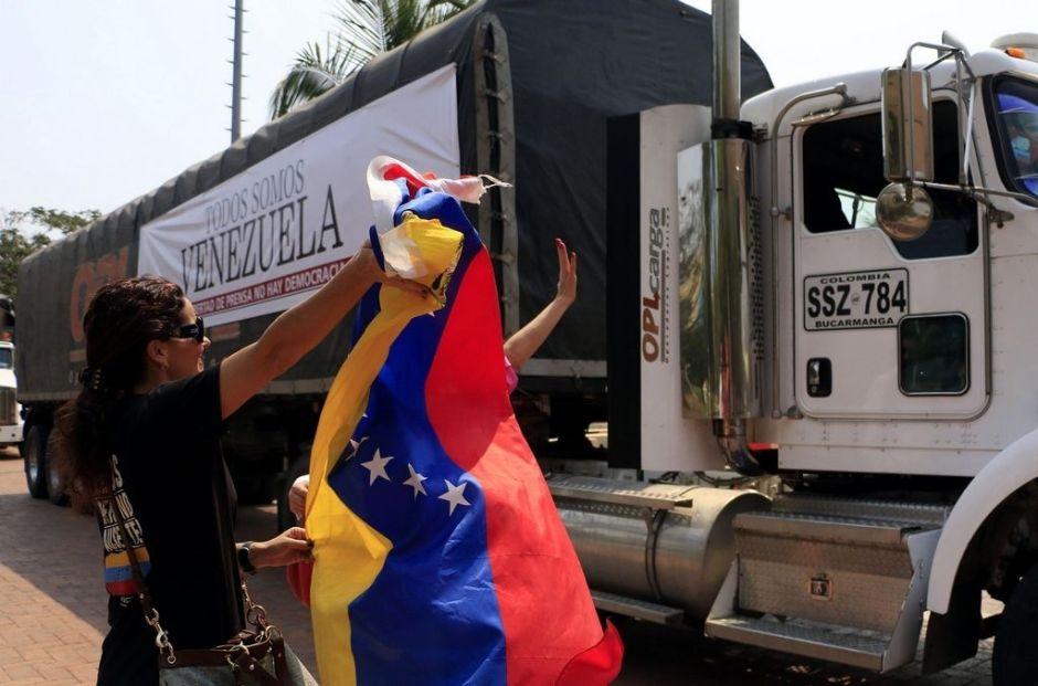 Venezuela cierra frontera con Colombia en las noches