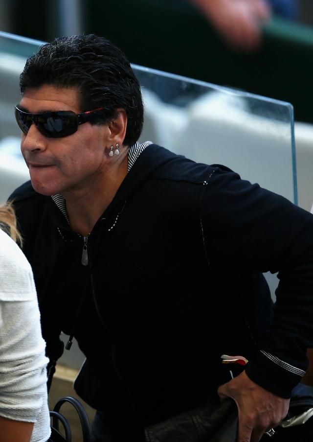 Diego Maradona agrede a periodista
