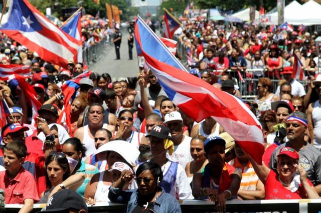 Nueva Guagua Aérea: Boricuas escapan de crisis económica en la isla