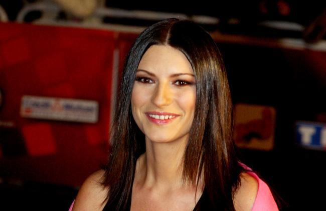 Laura Pausini se siente más segura en México