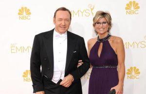 Kevin Spacey llegó lesionado a los Emmy