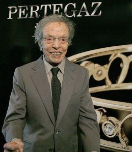 Muere Manuel Pertegaz, autor del vestido de novia de la Reina Letizia