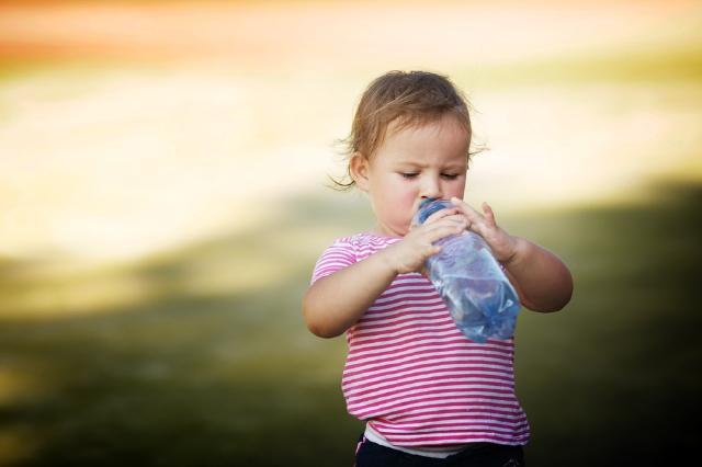 ¿Qué hacer cuando el bebé tiene fiebre o hipotermia?