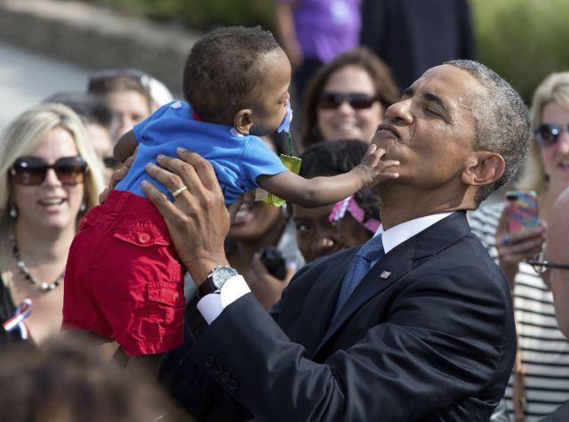 Cae a su punto más bajo el apoyo de hispanos y mujeres a Obama