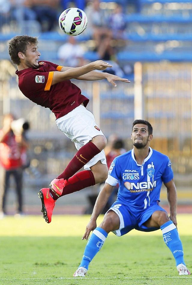 Autogol salva a Roma ante Empoli