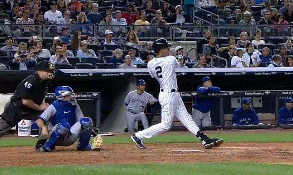 Jeter jonronea y ayuda en triunfo de Yankees (Video)