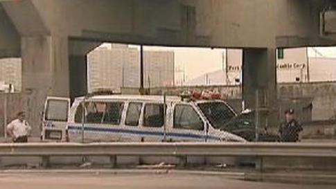 Un agente muerto en accidente de camioneta de la policía en El Bronx